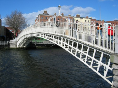 Ha'penny Bridge, Dublino