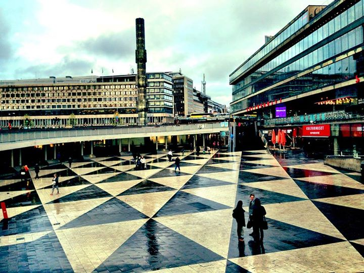 Sergels Torg by: Red-made